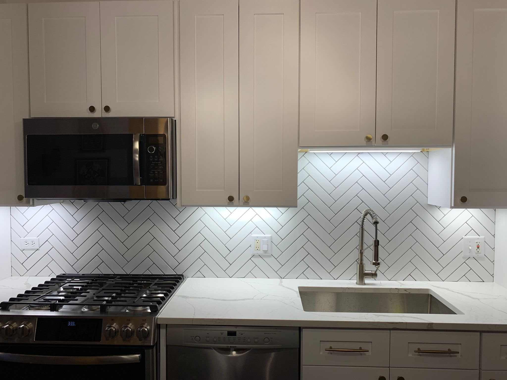 Tile & Backsplashes